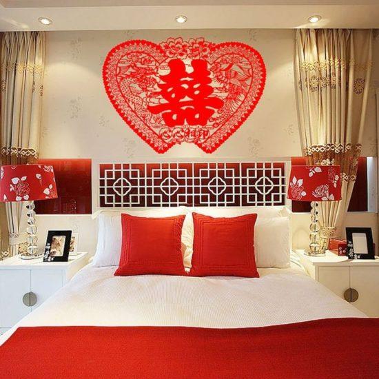 Đèn ngủ đôi mang đến không gian lãng mạn cho phòng cưới